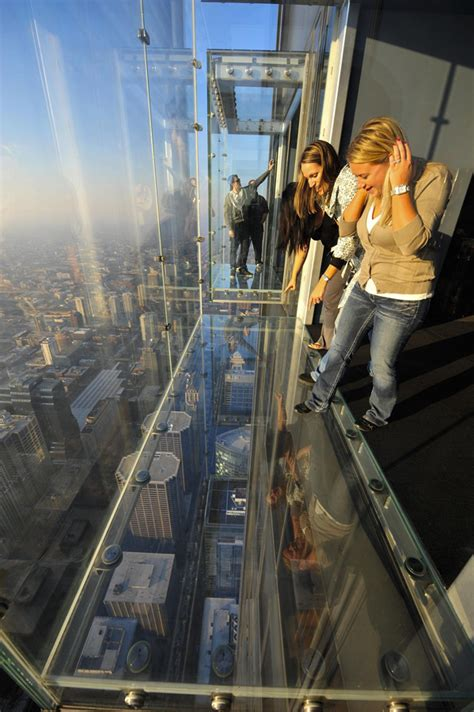 willis tower glass balconies by skydeck chicago e architect