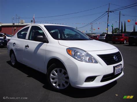 2014 nissan versa 1 6 s 2014 fresh powder white nissan versa 1 6 s sedan
