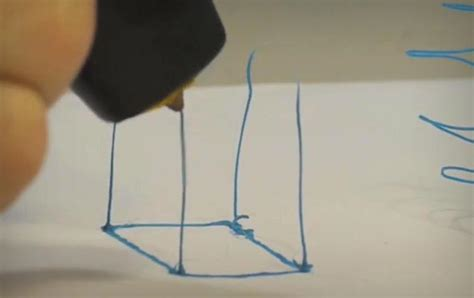 3d doodling pen lets you draw your own objects 3doodler 3d doodler jebiga design lifestyle
