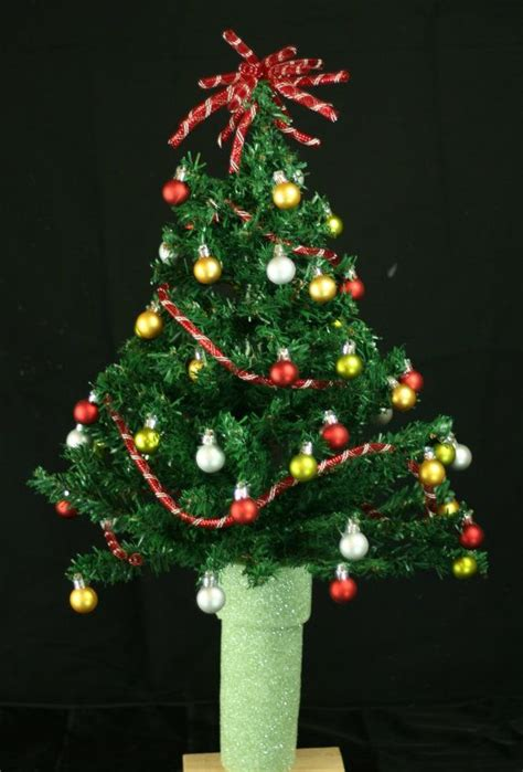 grave side christmas tree 17 best images about cemetery on floral arrangements saddles and vase