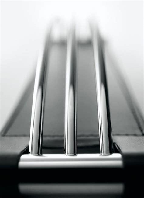 scrivanie particolari accessori scrivania in ecopelle con particolari in acciaio