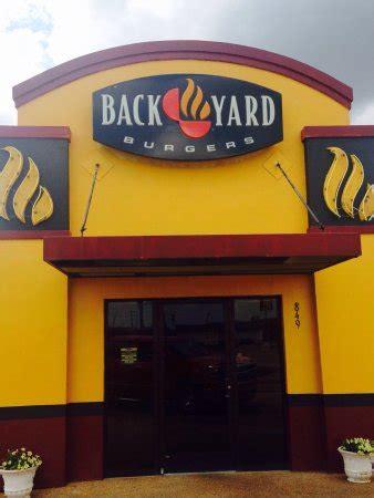 backyard burgers locations back yard burgers clarksdale restaurant reviews phone