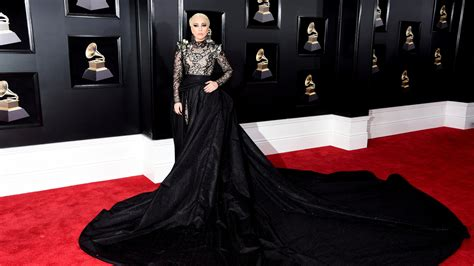 Karpet All New 2018 2018 grammys carpet see all the arrivals the new