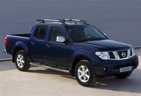 nissan navara 2009 2012 nissan navara car review price photo and