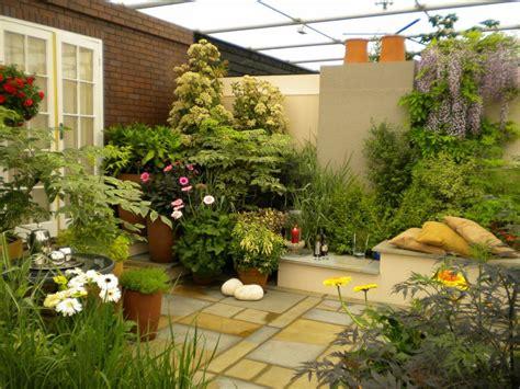 Home Outdoor Patio Garden Garden Small Space Garden Designs With Balance Softscape