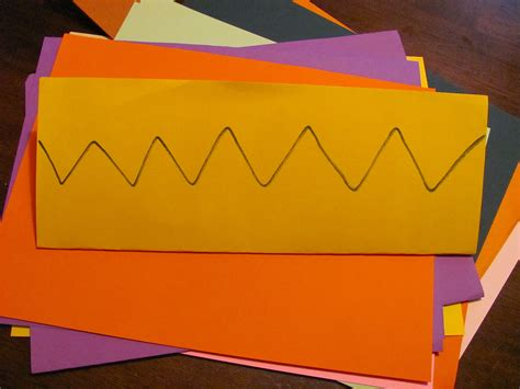 How To Make Crowns Out Of Construction Paper - how to make crowns out of construction paper 28 images