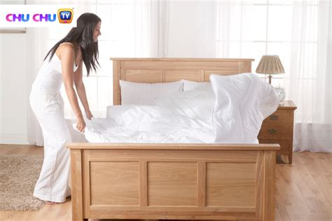stop bed wetting how to help kids stop wetting the bed kids health
