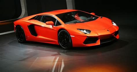 Lamborghini Aventador Stats by Hd Car Wallpapers Lamborghini Aventador Wallpaper
