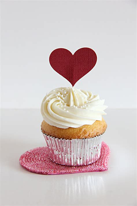 day cupcake valentines day cupcake toppers hearts valentines day