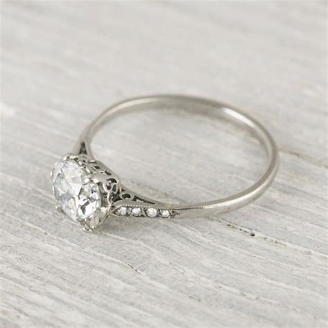 gorgeous engagement ring how simple yet 1