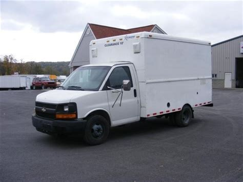 online service manuals 1997 chevrolet express 3500 windshield wipe control service manual 2004 chevrolet express 3500 international service electrical system light