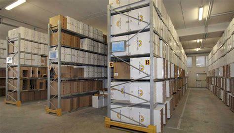scaffali per archivio scaffalature metalliche leggere in vendita scaffali