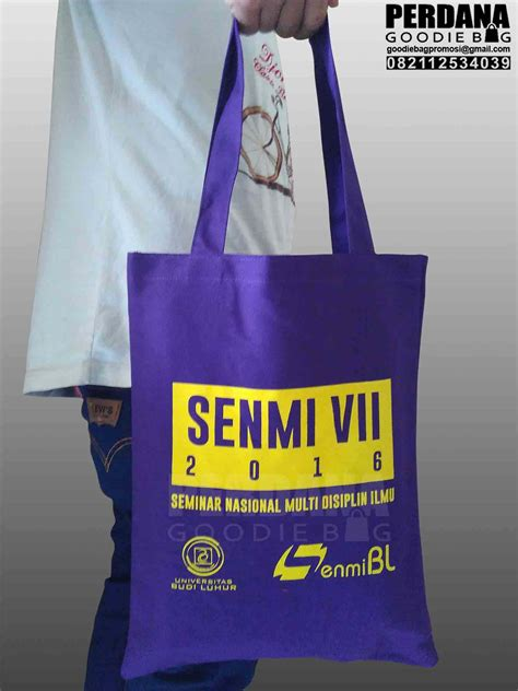 Custom Kulit Kanvas Goodie Bag Tote Bag Tas Jinjing tas kanvas custom perdana goodie bag