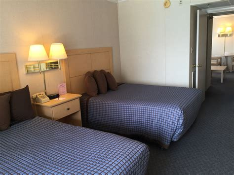 2 bedroom hotel suites in ocean city md 2 bedroom suites ocean city md 100 2 bedroom suites in