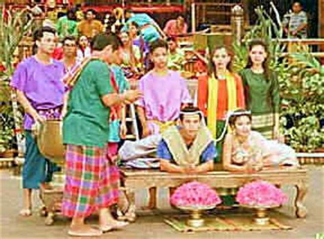 thailand wedding traditions marriage in thailand thai customs ceremonies traditions