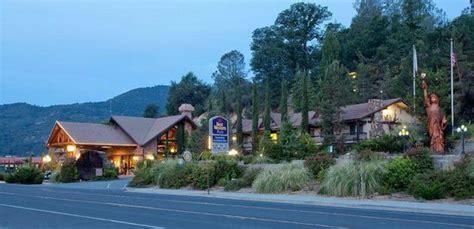 best western gate inn best western plus yosemite gateway inn hotel oakhurst