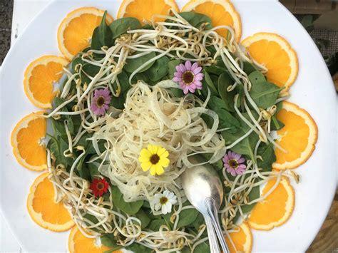 fiori in cucina i fiori nel cibo come utilizzare i fiori eduli in cucina