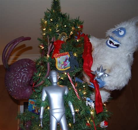show us your 1950 s sci fi and horror christmas tree in