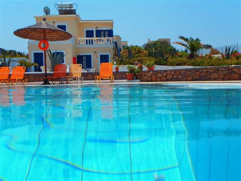 crete appartments zorbas island photo book for a holiday on crete zorbas