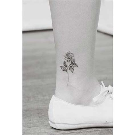 small rose tattoo on ankle ayak bileği k 252 231 252 k g 252 l d 246 vmesi ankle small