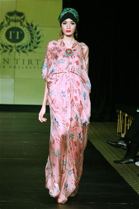 Dress Batik Kanaya batik kaftan collection by iwan tirta glowlicious me a