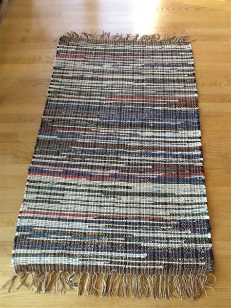 recycled bottle rugs bags rugs and more 55033 booth 77