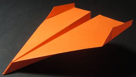 Paper Airplanes That Fly Far And Are Easy To Make - 17 best images about places to visit on what