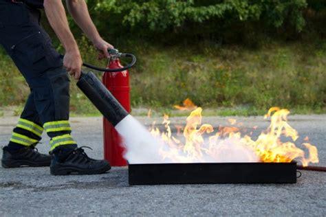 test addetti antincendio test corso antincendio rischio basso corso antincendio