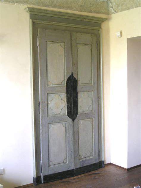 porte interne antiche porte antiche riprodotte legno a vista o laccate