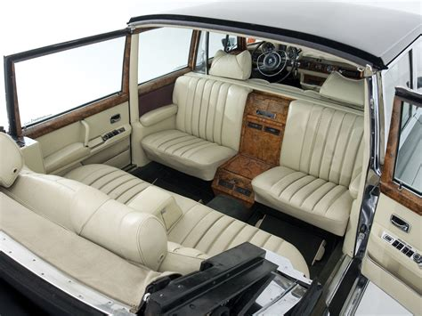 maybach interni mercedes 600 landaulet convertible interior