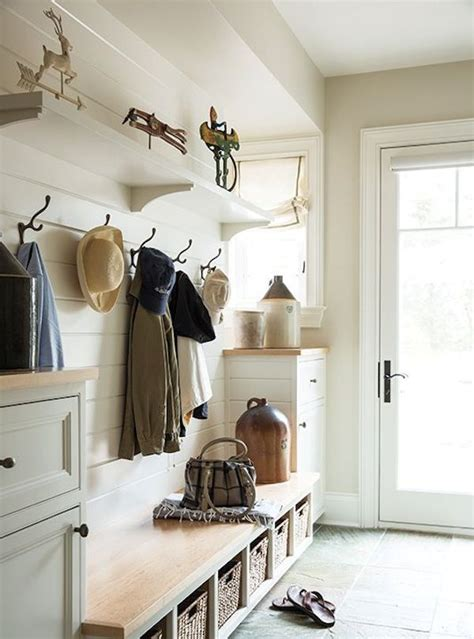 picture of cozy and simple farmhouse entryway decor ideas 11 picture of cozy and simple farmhouse entryway decor ideas 15