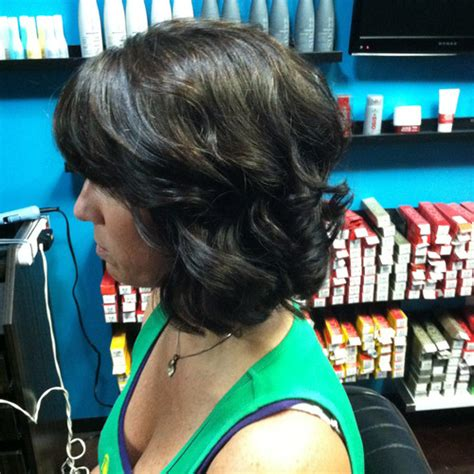 short hair in a miracurl short curled hair casey powell miracurl hairboothsalon