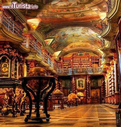 libreria russa roma gli interni della biblioteca nazionale di praga