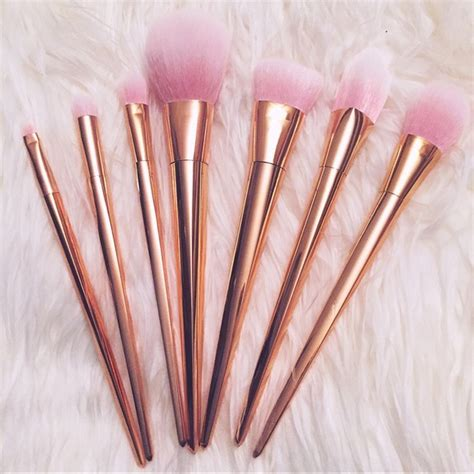Makeup Brush Rosegold Brushes 7 Pcs real techniques makeup 7 pc gold metallic brush set poshmark