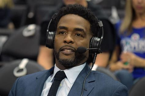 chris webber hair cut chris webber belongs in the basketball hall of fame stop