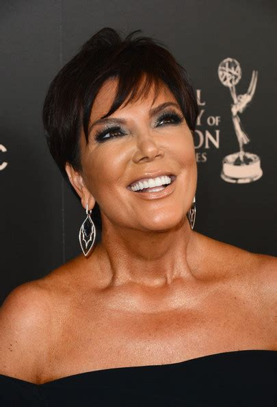 kris jenner pixie kris jenner short hairstyles lookbook more pics of kris jenner pixie 5 of 20 short