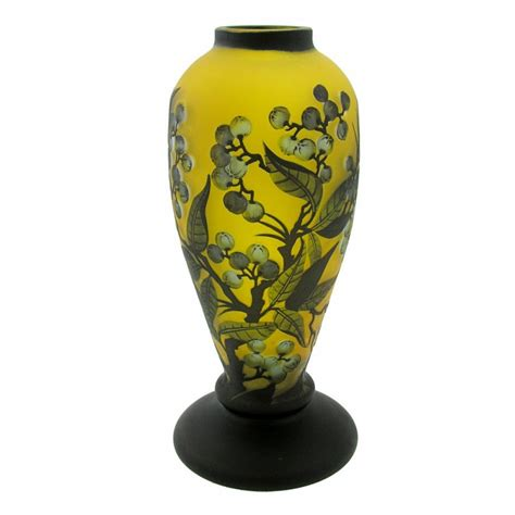 Center Vases by Cameo Glass Vase With Berries Antique Collectible Center