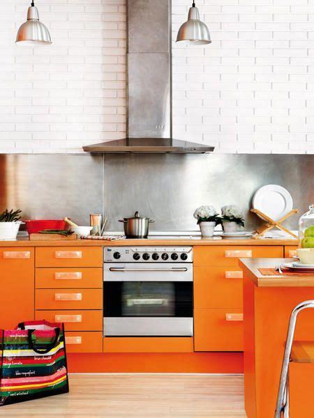 decorar cocina naranja moderna cocina color naranja abierta y luminosa ideas
