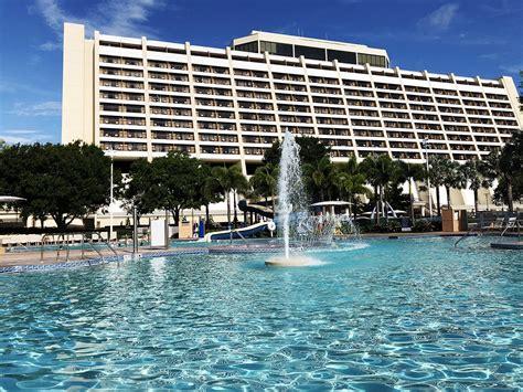 the contemporary review review disney s contemporary resort