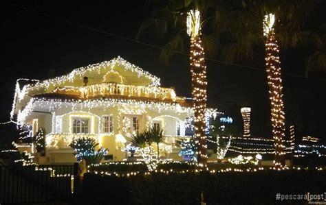 casa illuminata per natale casa lido riccio a ortona di natale e musica