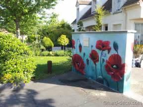 murs de jardin terrasses d 233 coration graffiti deco