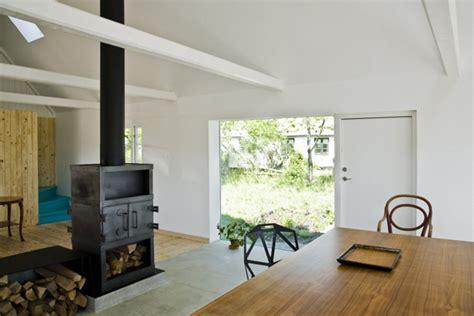 contemporary farmhouse interior design splashed   color