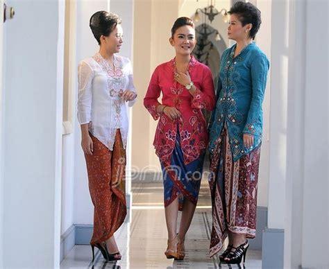 Kebaya Encim Kartini Modern dalam rangka memperingati hari kartini simak yuk 6 paduan