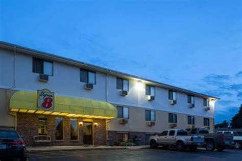 ne hotels and motels 8 omaha ne omaha nebraska hotel motel lodging