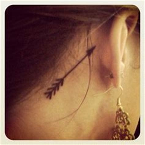 infinity tattoo behind ear meaning arrow tattoos arrows and arrow tattoo meanings on pinterest