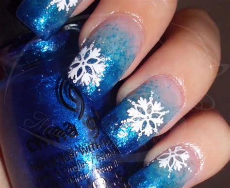 snowflake patterns nails 17 snowflake nail tutorials pretty designs