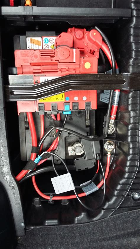 Bmw 2er Batterie by Changement Batterie Bmw 118d Stop Start Bmw S 233 Rie 1 E87