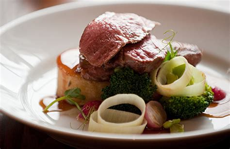 gastro cuisine oxfordshire gastro pub the fleece