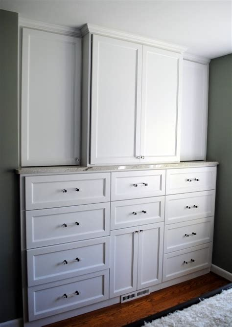 Built In Bedroom Dresser by Built In Dressers Ideas For Room