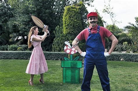 Geeky wedding photography alert!: Super Mario video game